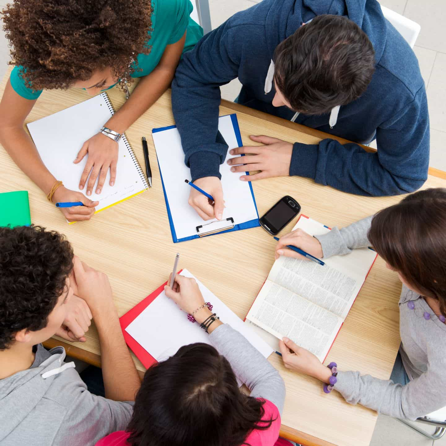 how to develop students interest in studies essay Students need individual and group skills to assess their own work and the work of others for content, clarity, form and style, and for errors in grammar, punctuation and spelling ultimately.